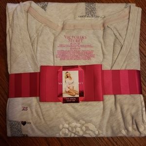 New Victoria secret sleepshirt